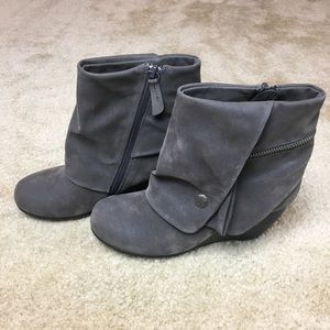 Blowfish Gray Vegan Suede Wedge Ankle booties 8
